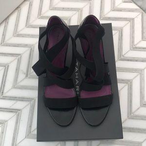 Tahari black elastic strap heel US9.5